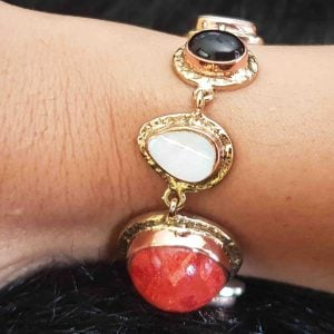 pulseras de moda en coral rojo 2