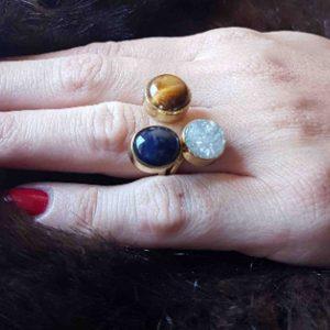 anillos de moda en piedras naturales